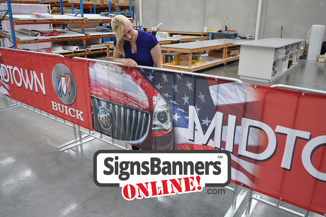 Barricade rentals and fence hire with signage is ideal for advertising sponsors and major contributors