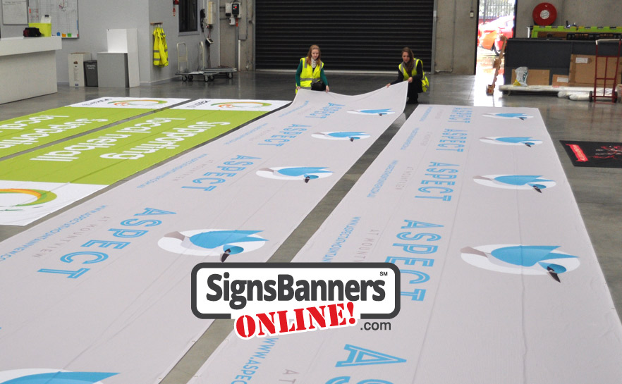 Grand format printing achieves large print on flexible soft signage