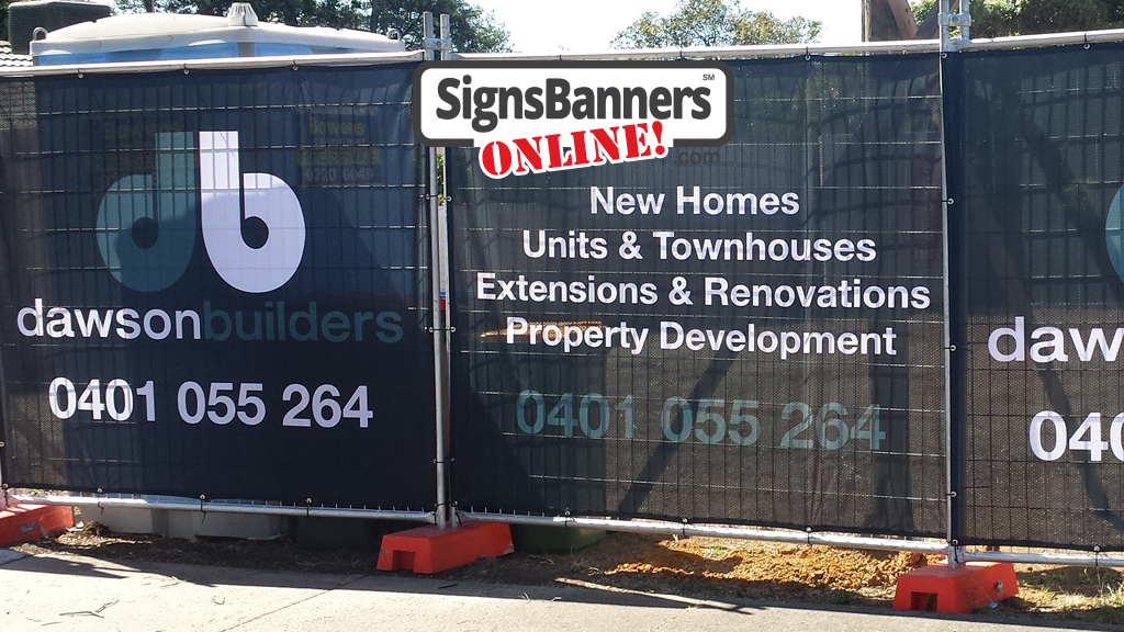 Portable banners on land fence